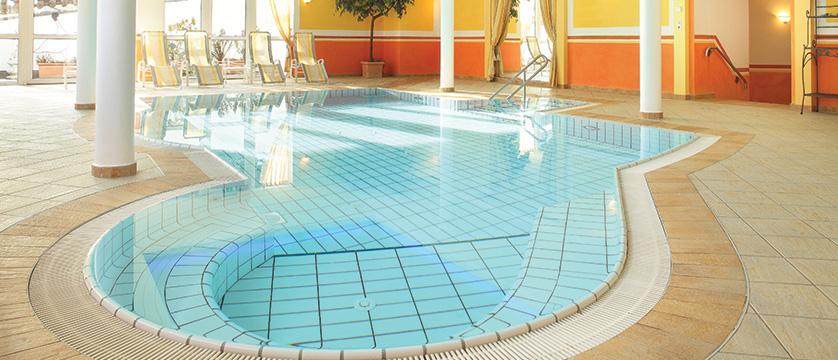Hotel Alphof, Alpebach, Austria - indoor swimming pool.jpg